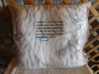 Threshold very soft toss pillow 24inx24in