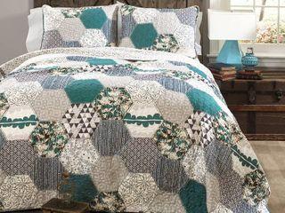 lush Decor Briley Quilt 3 Piece Reversible Print Hexagon Pattern Patchwork Bedding Set  King  Turquoise Blue  RETAIl  105 55