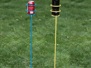 Decko OutDoor Heavy Duty 2 Part Outdoor Beverage Drink Holder Stakes  2 Pack   RED   GREEN   RETAIl  17 36