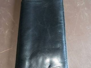 leather Fossil Passport Wallet location B2