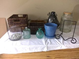Nice lot Of Assorted Home Decor Baskets And Bottles