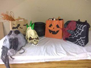 lot Of Various Spooky Halloween Items Talking Cauldron  2 Masks