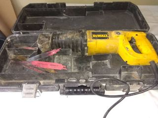 Dewalt Reciprocating Saw In Good Condition Tested And Working With Carrying Case