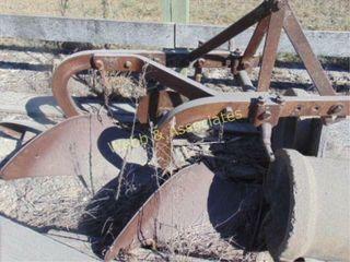 Ferguson 2 bottom  3 pt plow