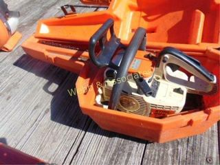 Stihl 009l chainsaw with case