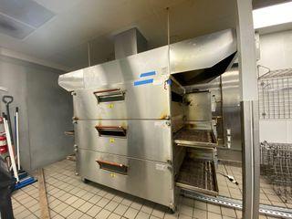 Whiteford Little Caesars Pizza Complete Restaurant, Pizza Ovens, Walk In Cooler, Refrigerated Prep Stations, Safe, Security Cameras & Server