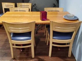 5ft Wood Dining With 4 Chairs
