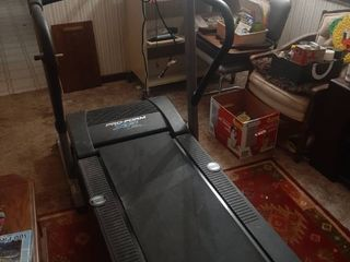 Treadmill   Powers on and runs but only runs on full speed