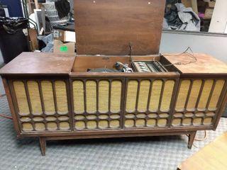 Vintage Record Player Radio