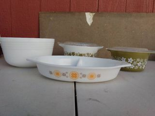 Vintage Pyrex Cooking Dishes