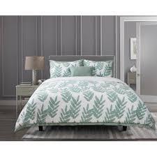 Suite Retreat 4 Piece Mila Comforter Set 100  Cotton  1 Comforter  2 Shams and 1 Pillow