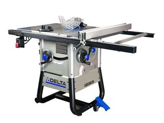 DElTA 10 in Carbide Tipped 13 Amp Table Saw