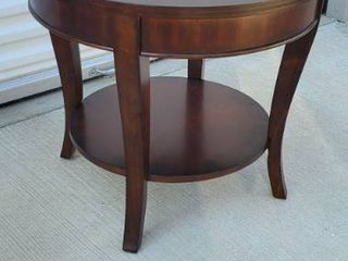 luck Furniture Side Table