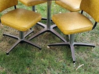 Vintage Rable with Vinyl Chairs