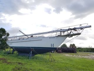 Online Only Silent Auction of Horizon Sailboat