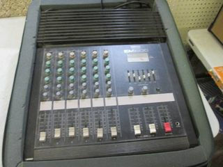 Yamaha EM1600 6-Channel Powered Mix...