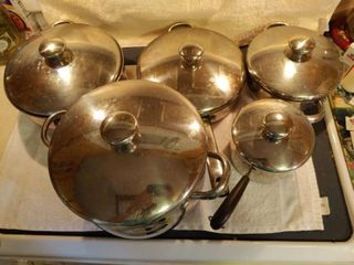 Set of 5 Stainless Steel Pots with lids