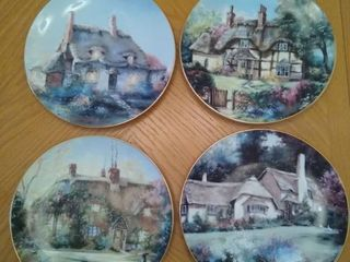 English Country Cottage Collectors Plates Collectible Plates   4 Total