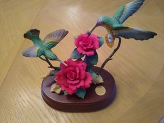 Forever Porcelain Hummingbird and Red Roses Decor