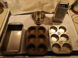 lot of Kitchen Ware