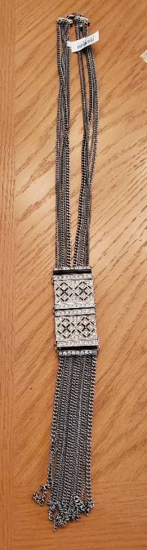 Chic Womans Dress Necklace