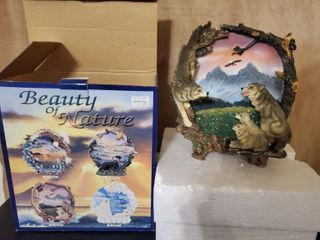 Beauty of Nature  HPQ 53 Wolf Family Decorative Plate  Preserved in Box