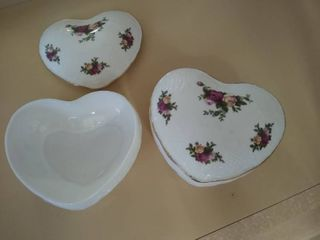 Royal Albert Heart Dishes with lids
