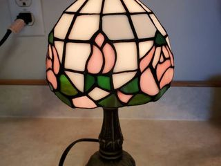 Tiffany Style Stain Glass Rose Table lamp