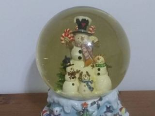 Functioning Snow Globe And Music Box With Frosty The Snowman Family