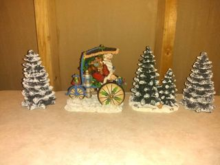 Horseless Carriages 972  5000 with 3 Decorative Trees