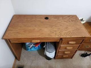 Oak Office Computer Desk   Contents not Included