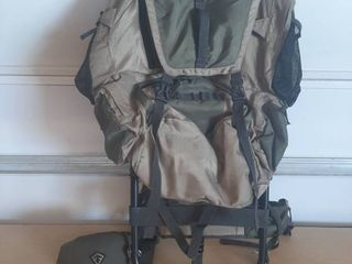 Field and Stream Backpack and Hat