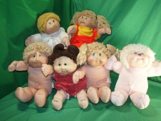 Four Vintage Cabbage Patch Kids and Koosas lion