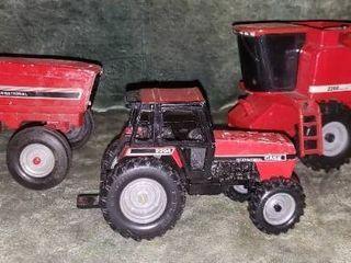 Case International Tractors   Combine