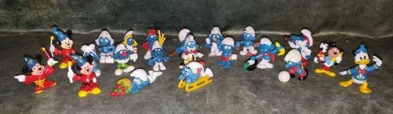 Smurf   Disney Miniature Figurines