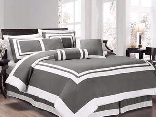 Hotel Capprice 7 Piece Comforter Set  Retail 113 49