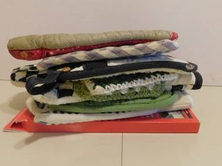 lot of Oven Gloves   Pads