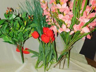 Silk Flowers   Greenery