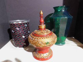 Ornate Decor   Glass Vases