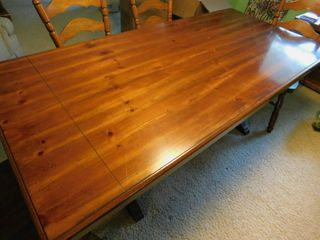 Trestle Table   4 Chairs
