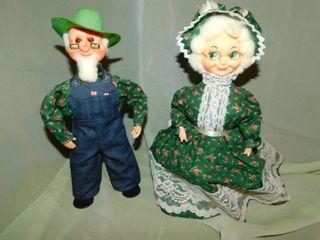 Ma   Pa Figurines