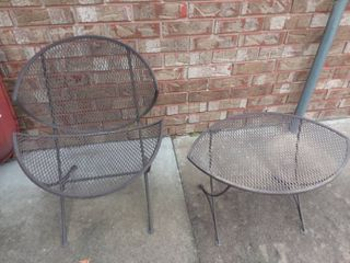 Wrought Iron Chair and Side Table 17 x 27 x 17 in