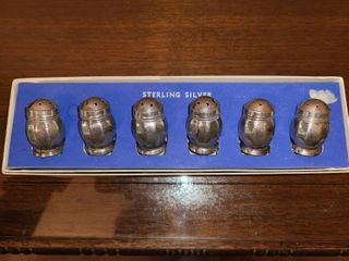 6 STERlING SIlVER Salt and Pepper Shakers  Approximately 1  1 5  tall