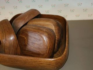 Wooden Salad Bowl with 6 smaller Bowls