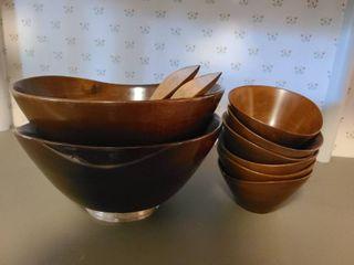 10 pcs  Wooden Salad Bowl Set  2 large Bowls  6 Smaller Bowls  and 2 Serving Utensils