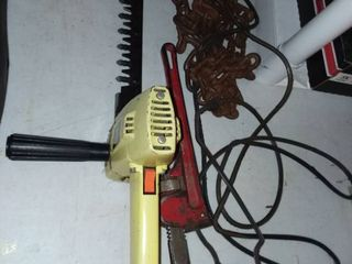 Skil Hedge Trimmer with Pipe Wrench and Chain