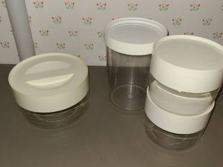 4 Storage Canisters