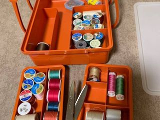 Assorted thread and carrying case