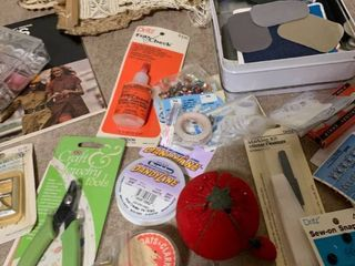 Assortment of sewing items