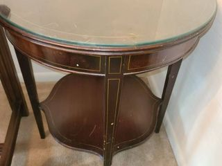 ROBERT KEITH Table   round  25 x 22  This one has a glass top